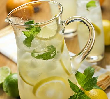 طريقة عمل عصير الليمون في 10 دقيقة - وصفة 2019