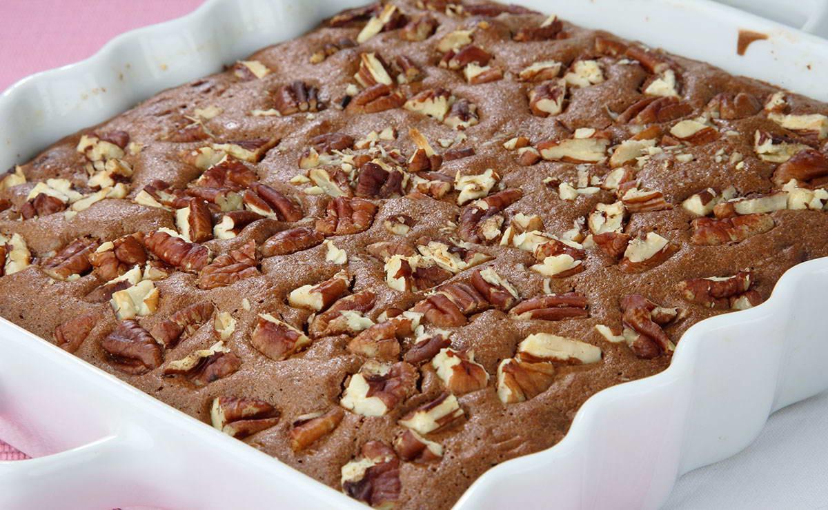 طريقة عمل براونيز الشوكولاتة بالجوز في 15 دقيقة - وصفة 2020