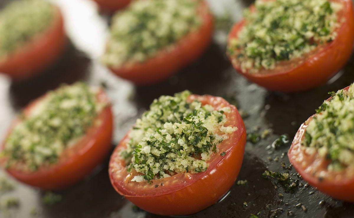 طماطم مشوية بالكعك المدقوق في 10 دقيقة - وصفة 2018