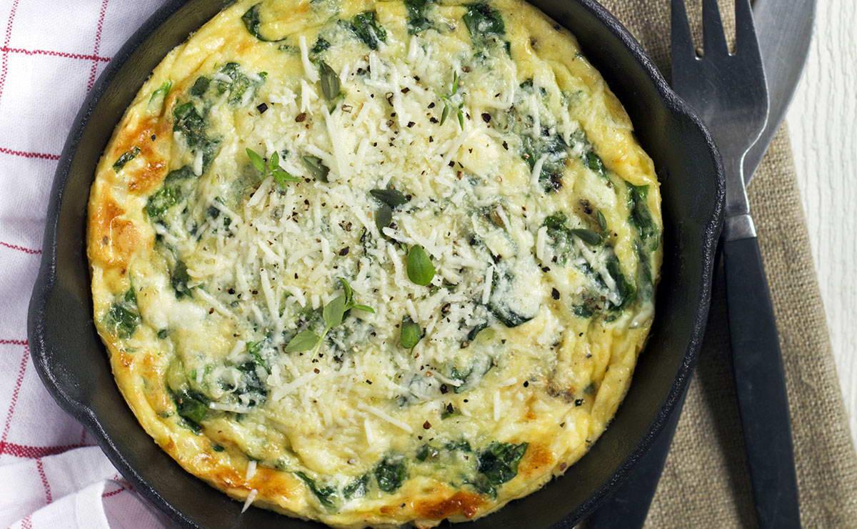 البيض المقلي معالسبانخ و البارميزان في 5 دقيقة - وصفة 2019