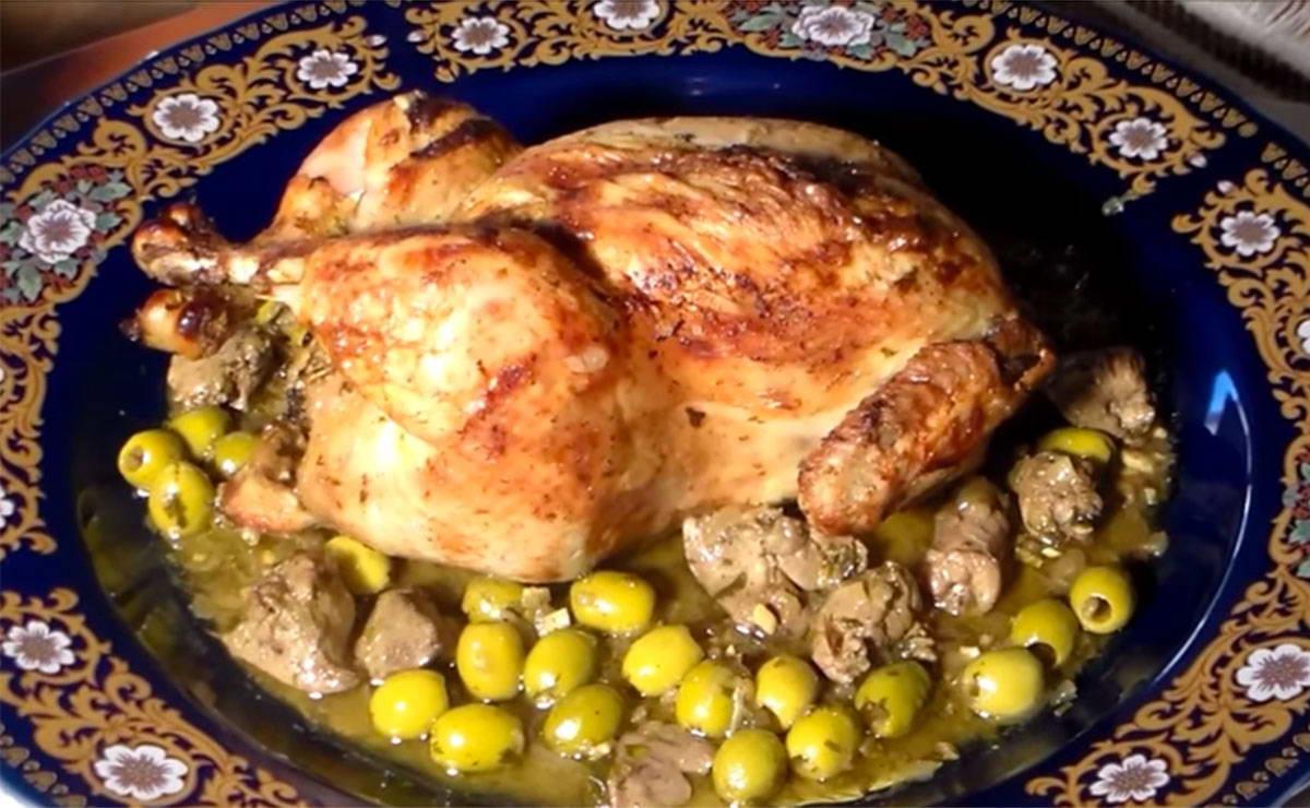 الدجاج المحمر على الطريقة المغربية في  - وصفة 2021