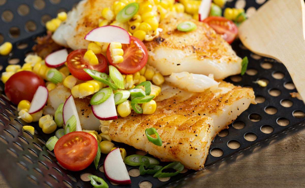 السمك المشوي مع صلصة التشيلي في 10 دقيقة - وصفة 2021