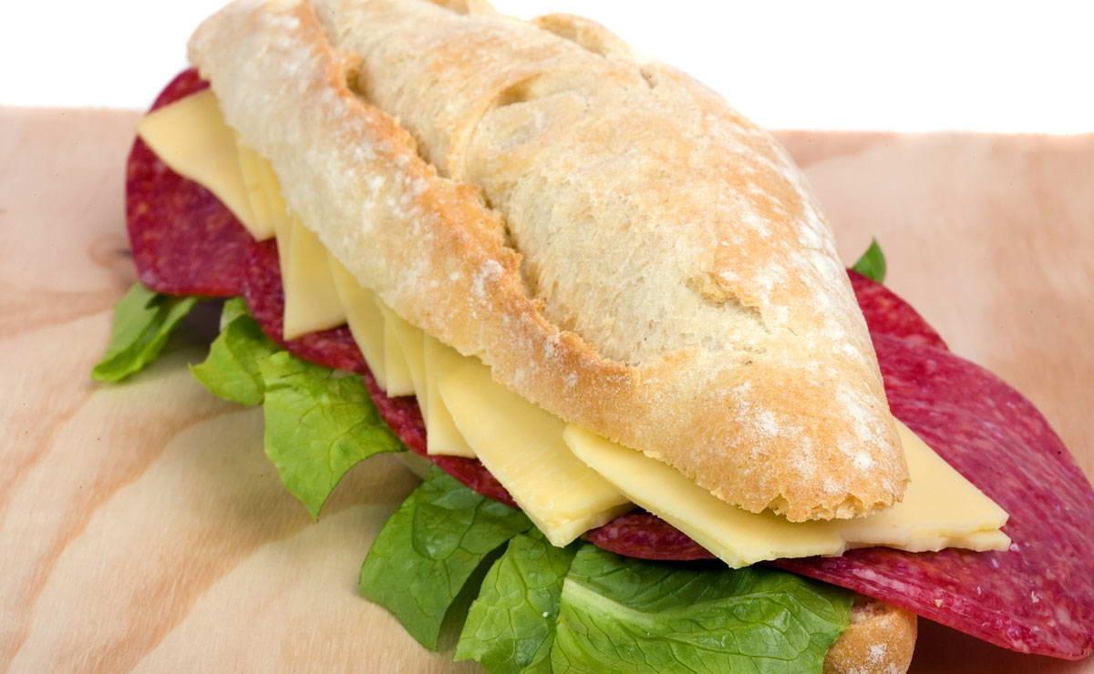 بانيني السلامي والجبنة في 10 دقيقة - وصفة 2018