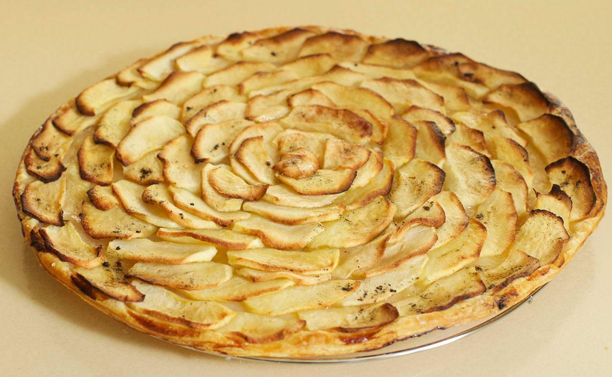 طريقة عمل تارت التفاح الرقيقة بالفانيلا في 30 دقيقة - وصفة 2020
