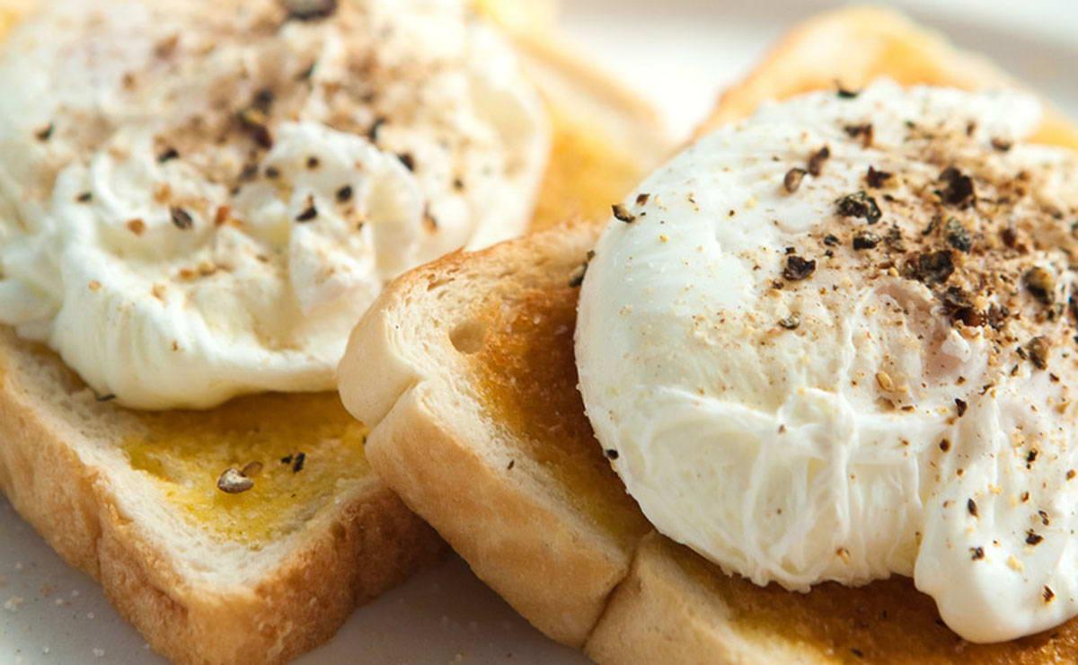 البيض المسلوقمع خبز التوست و صلصة التارتار في 10 دقيقة - وصفة 2019