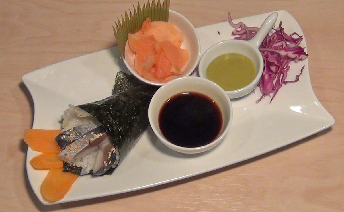 طريقة عمل السوشي تيماكي سمك الماكريل في 10 دقيقة - وصفة 2019