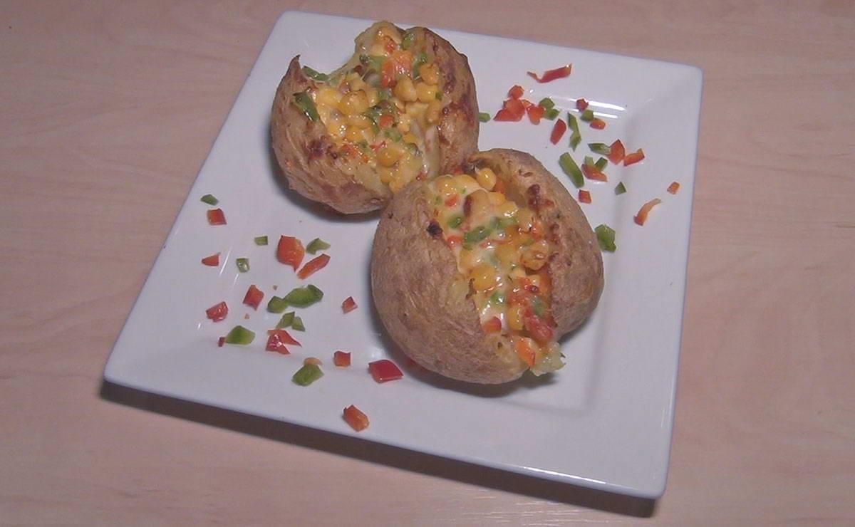 بطاطس محشية بالجبن والذرة في 15 دقيقة - وصفة 2020