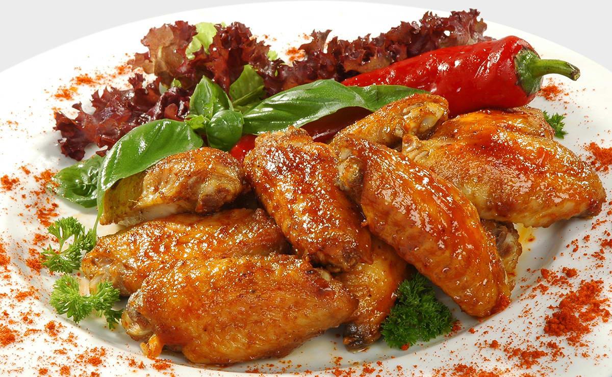 جوانح الدجاج المشوية بالبابريكا في 5 دقيقة - وصفة 2020