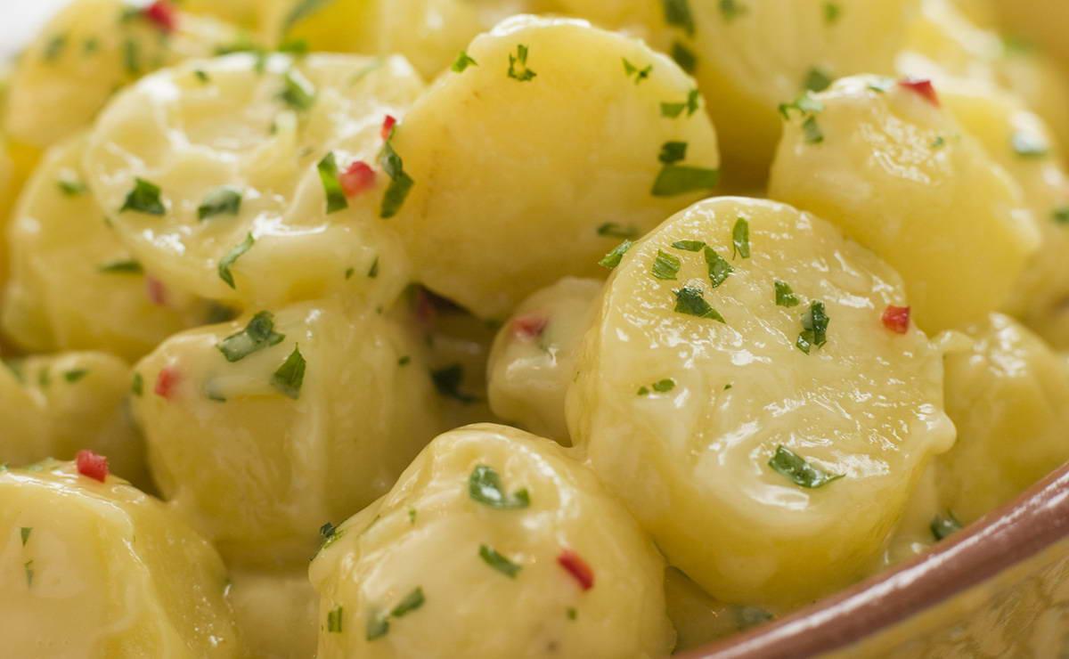 طريقة عمل سلطة البطاطس بالكاري في 15 دقيقة - وصفة 2019
