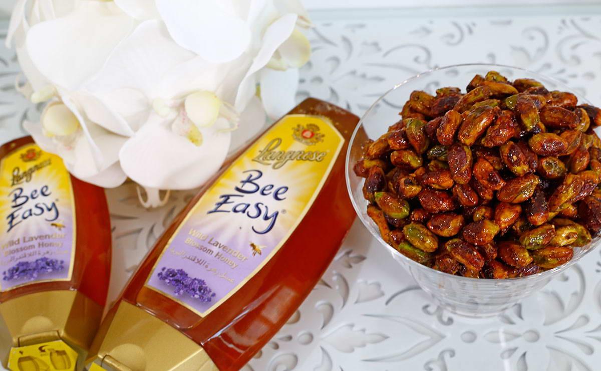 طريقة عمل الفستق بالعسل في 5 دقيقة - وصفة 2021