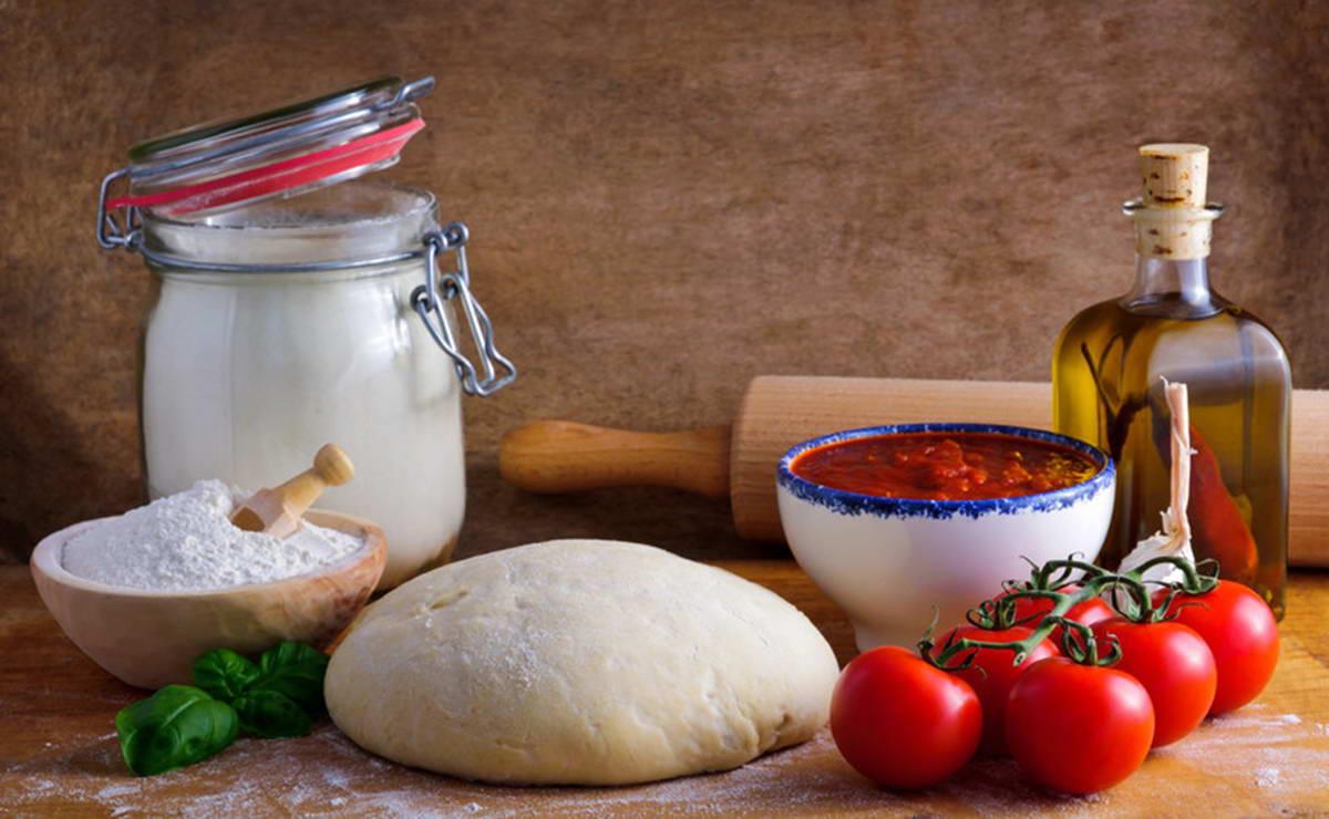 طريقة عمل عجينة البيتزا في 30 دقيقة - وصفة 2018