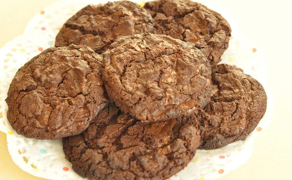 طريقة عمل كوكيز بالشوكولاته في 10 دقيقة - وصفة 2019