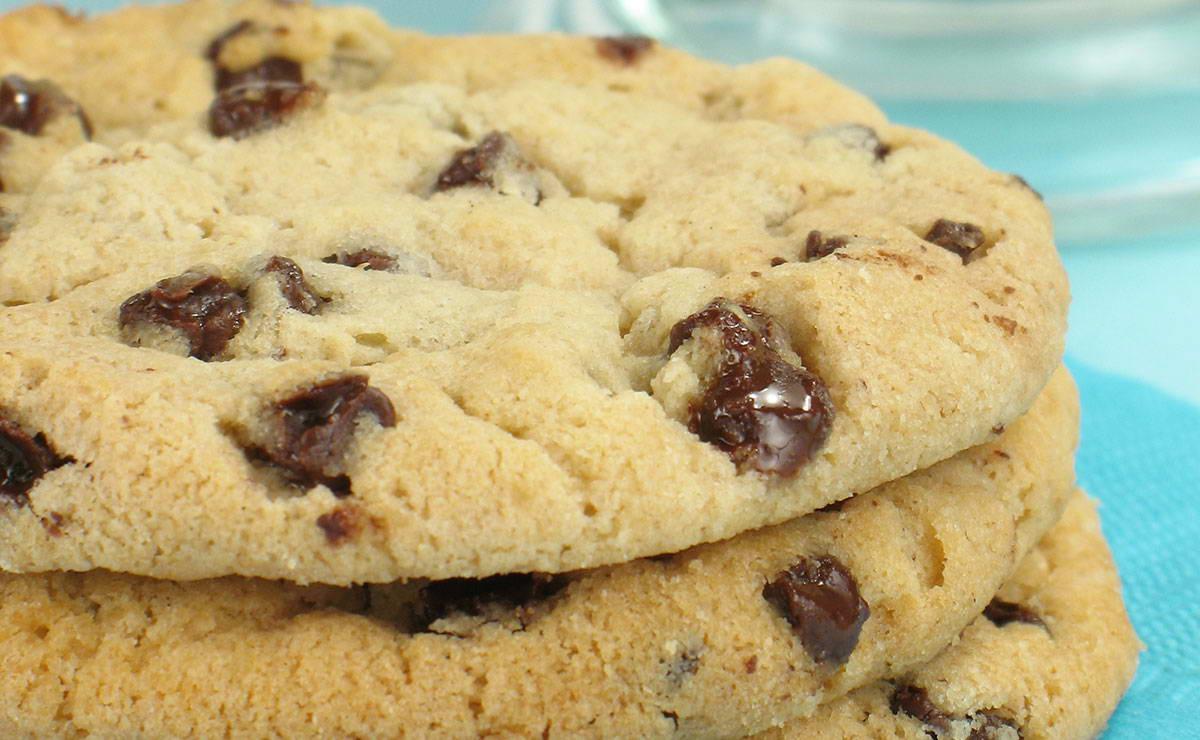 طريقة عمل كوكيزبحبيبات الشوكولاتة في 10 دقيقة - وصفة 2018