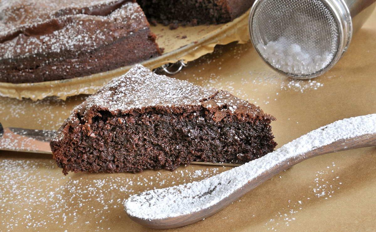 كيكة الفوندان بالشوكولاته في 15 دقيقة - وصفة 2021