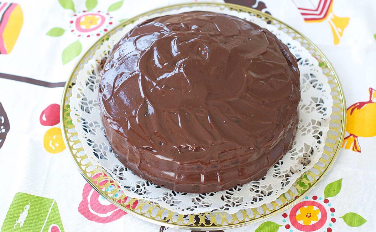كيك عيد الميلاد بالشوكولا في 30 دقيقة - وصفة 2021