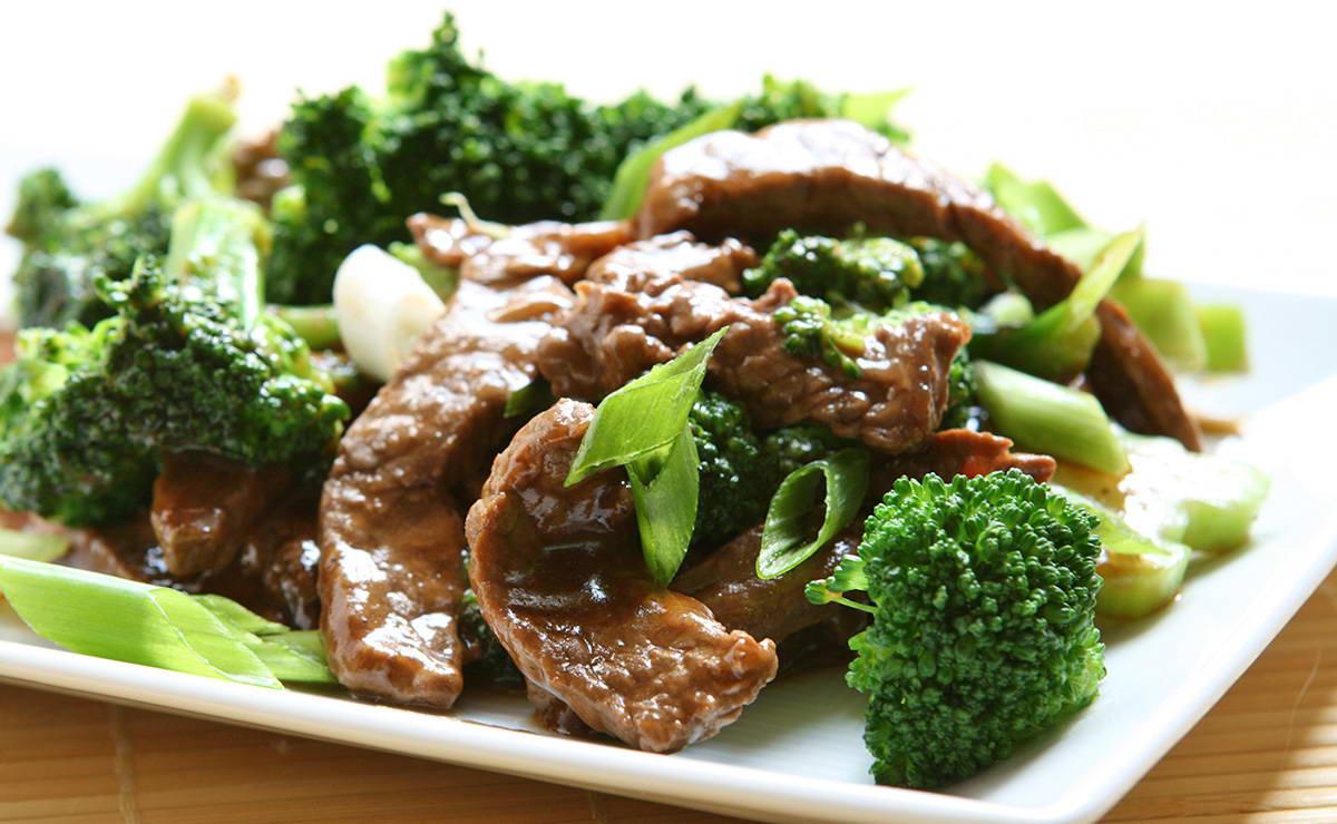 لحم العجل مع البروكلي في 15 دقيقة - وصفة 2018