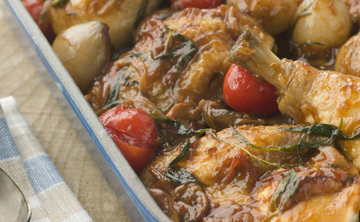 يخنة الدجاج مع البصل والبندورة الكرزية في 30 دقيقة - وصفة 2019